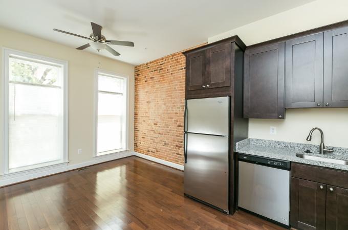 1326 W Lombard Street, Unit 1